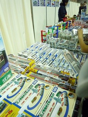 プラレール博2012のショッピングゾーン 江ノ電の小さな旅セット